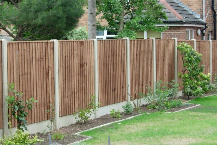Fencing Garden and Commercial Fencing Installation Essex SE