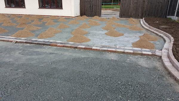 block paved driveway sub base installation