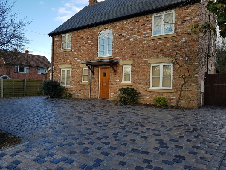 Block paved driveway brentwood essex